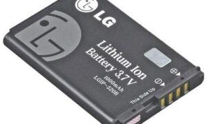 Lityum iyon pil mucidi, devrim yaratan yeni pil teknolojisinin keşfedildiğini iddia ediyor