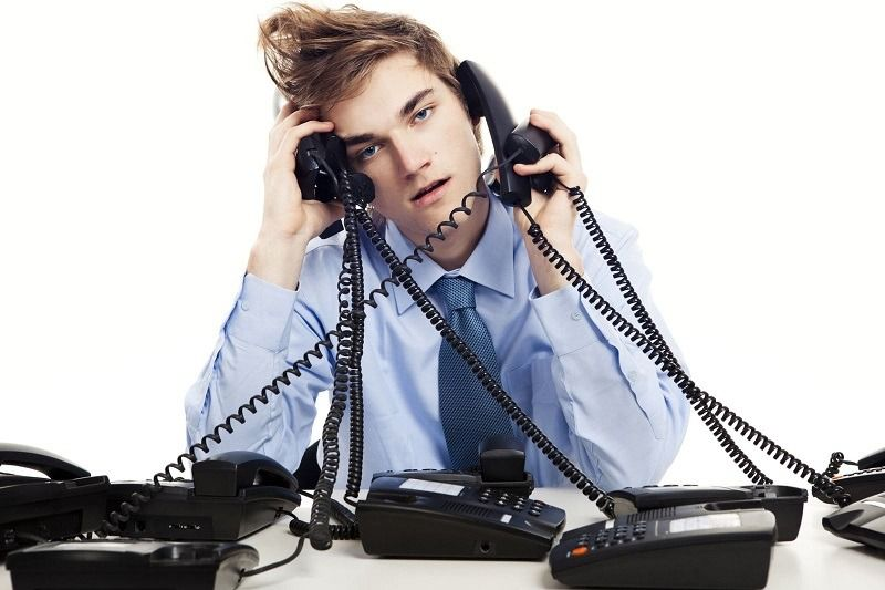 Telefonla konusurken baskasinin aradigini görme – Çağrı Bekletme